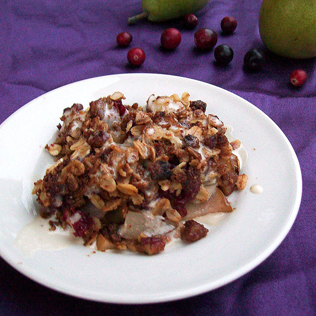 Cranberry Pear Crisp with Vanilla Drizzle (Vegan)
