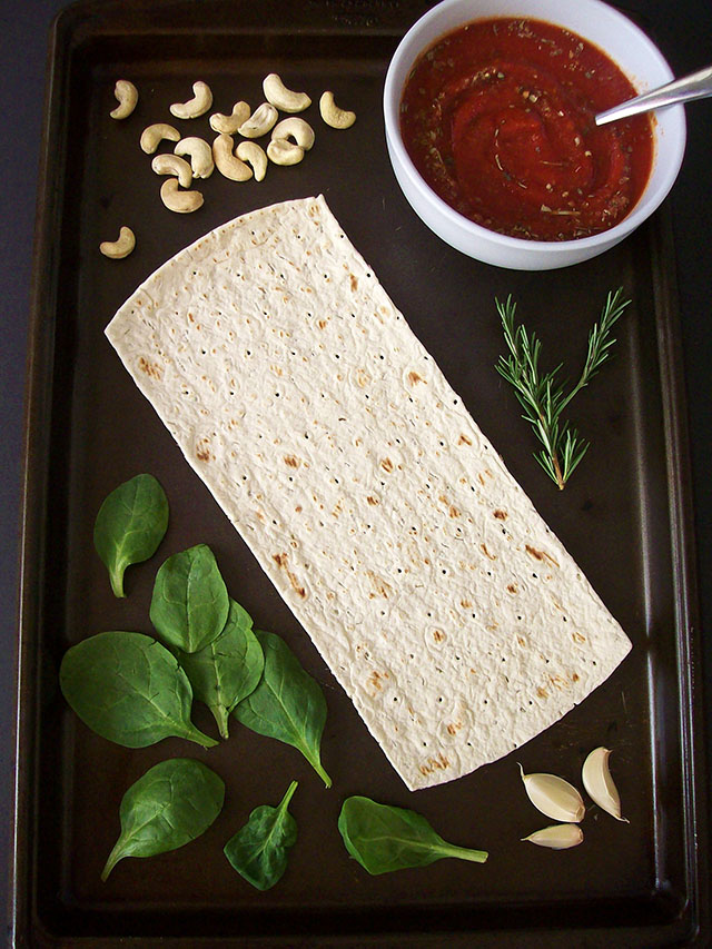 Spinach Ricotta Flatbread Pizza ingredients