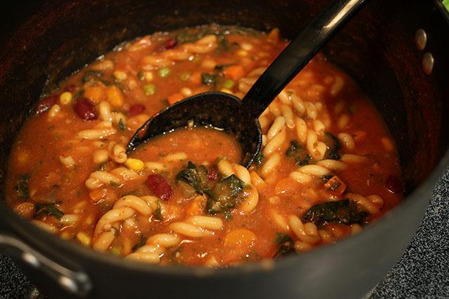 Easy Minestrone Soup - VeganPetite.com