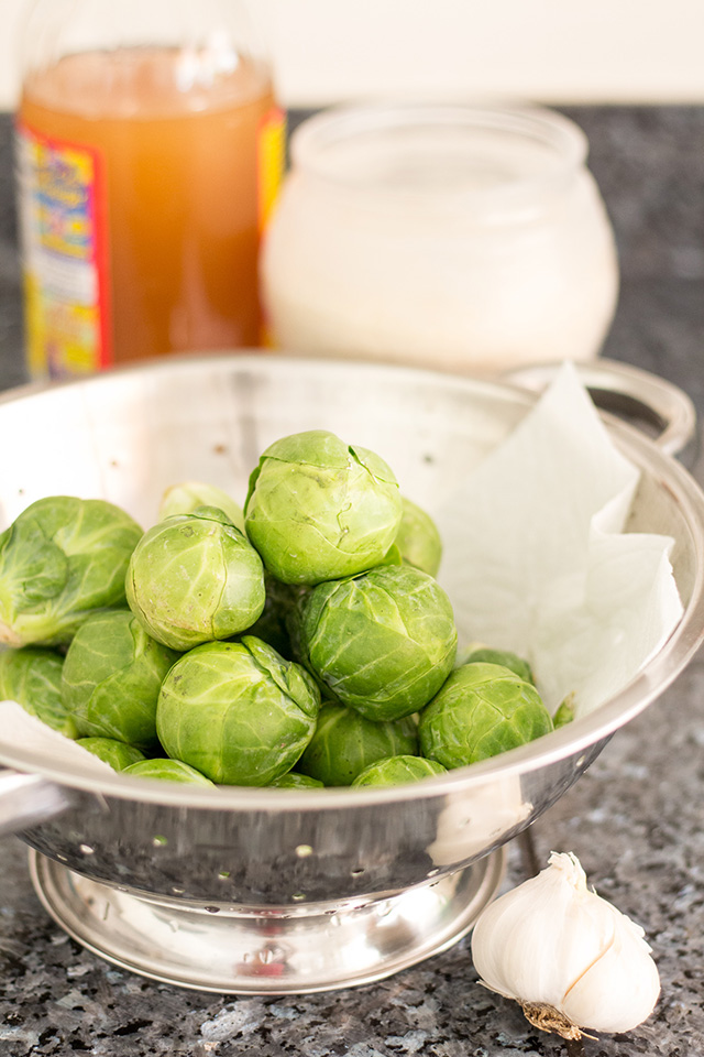 Garlic Brussels Sprouts Recipe ingredients